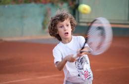 Tenis je lak zabavan i zdrav